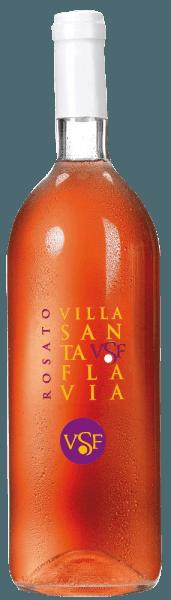 Der Rosato Villa Santa Flavia von Sacchetto präsentiert sich in einem lebhaften Rosé, das leicht ins Kirschrote übergeht. In der Nase offenbart sich ein weiniges, fruchtiges Bouquet mit Aromen von schwarzen Johannisbeeren und Kirschen. Am Gaumen stehen frische Lebendigkeit und milde Trinkbarkeit in schöner Balance zueinander. Er wirkt angenehm harmonisch undbietet ein einzigartiges und fruchtiges Geschmackserlebnis!Genießen Sie diese Cuveé als Aperitif, zu Vorspeisen und Suppen aller Art sowie zu Fleisch- und Gemüseaufläufen.