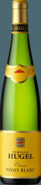 Der Pinot Blanc AOC Alsace von Hugel & Fils zeigt eine kristallklare, dynamische Farbe, mit grünlichen Frühlingsnuancen. An der Nase ein sehr frisches Bukett, ausdruckstark, temperamentvoll und harmonisch, Duftnoten von grünem Apfel, weißem Pfirsich, Melisse und weißen Frühlingsblumen. Am Gaumen präsentiert sich dieser gefällige Elsässer Weißburgunder trocken, frisch, vollmundig, schmalzig, schön ausgewogen. Im Abgang anmgenehm fruchtig und rein. Vinifikation des Pinot Blanc Classic von Hugel & Fils Pinot Blanc ist die am höäufigsten Angebaute Rebsorte im Elsass. Nach der Handlese werden die Trauben für diesen Weißburgunder pneumatisch gekeltert. Der Most wir nach nach einer statischen Klärung von etwa 12 Stunden in Holzfässer oder Tanks gebracht, wo die temperaturkontrollierte Gärung erfolgt. Vor dem Abfüllen im Frühjahr wird der Wein leicht und vorsichtig filtriert und durchläuft dann noch eine Flaschenreifung im Keller bevor er in den Verkauf kommt. Food pairing für den Pinot Blanc Classic von Hugel & Fils Dieser frische Pinot Blanc aus dem Elsass ist ein ausgezeichneter Aperitif, ideal als Einstiegswein bei einem merhgängigen Essen, er schmeckt zu Fisch vom Grill, gedünstet, in Aspik und mit Soße, mit Spargel, sowie zu Ziegenkäse.