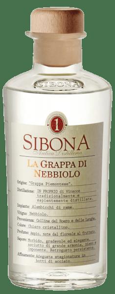Die Grappa di Nebbiolo von Antica Distilleria Sibona zeigt sich kristallklar im Glas, an der Nase entfalten sich Duftnoten von Blumen, sehr sortetypisch und duftbetont. Am Gaumen ist diese piemonteser Grappa harmonisch, intensiv, trocken, voll und kräftig, mit Holznuancen im langen Abgang. Herstellung der Grappa di Nebbiolo von Antica Distilleria Sibona Für diesen Grappa aus dem Piemont wird Trester der Nabbiolo-Trauben aus dem Anbaugebiet Roero gebrannt. Die Grappa wird einige Monate in Edelstahlfässern ausgebaut. Auszeichnungen Internationale Spirituosen Wettbewerb - Silber