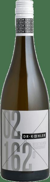 Der Bechtheimer Chardonnay von Dr. Koehler umschmeichelt die Nase mit den köstlichen Aromen von Backapfel und gerösteteten Mandeln. Das Bouquet dieses Weißweines wird ergänzt durch mineralische Noten. Saftig und kraftvoll präsentiert sich dieser deutsche Chardonnay am Gaumen und spiegelt dabei die Aromen des Bouquets wider. Ein Hauch von Aprikose und zarte Röstnoten ergänzen die feinen Geschmacksnuancen. Das lange Finale des Bechtheimer Chardonnays wird geprägt von Mineralität und Backapfel. Speiseempfehlung für den Dr. Koehler Bechtheimer Chardonnay Genießen Sie diesen trockenen Weißwein zu Pasta mit cremigen Saucen, Hühnerfrikassee oder Aufläufen.