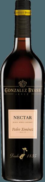 DerNectar Pedro Ximenez von Gonzalez Byass ist ein dichter, süßer und rebsortenreiner Sherry aus dem spanischen Weinanbaugebiet DO Jerez. Im Glas schimmert dieser Wein in einem tiefen, schönen Goldbraun. In Nase entfaltet sich eine ausdrucksvolle Aromatik nach getrockneten Früchten - insbesondere Datteln, Feigen und Rosinen - und verschmilzt mit feinen Noten nach Eichenholz. Am Gaumen ist dieser Sherry wundervoll sanft mit einer feinfruchtigen, exzellenten Süße. Der Körper besitzt eine großartige Dichte, die sich bis in das lang anhaltende Finale mit süßer, zurückhaltender Lakritzwürze zieht. Vinifikation des Byass Nectar Pedro Ximenez DiePedro Ximenez Trauben werden sorgsam gelesen und werden zum Weingut von Gonzalez Byass gebracht. Diese Rebsorte besitzt bereits eine natürliche Süße - um diese noch weiter zu konzentrieren, werden die Beeren für etwa 10 Tage in der Sonne getrocknet. Danach werden die getrockneten Trauben sanft gepresst und in Edelstahltanks vergoren. Abschließend reift dieser Wein für 10 Jahre in Holzfässern des traditionellen Solera- und Criadera-System. Speiseempfehlung für denPedro Ximenez Gonzalez Byass Nectar Dieser süße Sherry passt hervorragend zu cremigen Sahneeis, Pudding mit frischem Obst, Muffins mit flüssigem Schokoladenkern oder auch zu kleinen Snacks - Nüssen und würzigen Käsewürfeln. Auszeichnungen für denNectar Pedro Ximenez Gonzalez Byass Wine Spectator: 92 Punkte (Vergabe Dezember 2017)