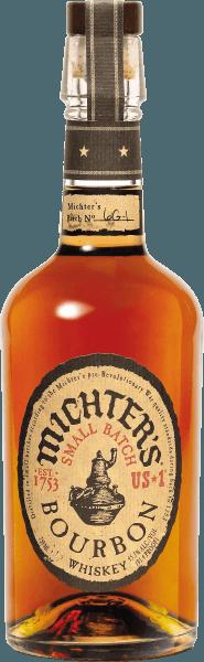 Der Michter's US*1 Bourbon Whiskey ist ein echtes Schmuckstück aus der amerikanischen Whiskey Kern-Region Kentucky. Dieser in kleinen Brennblasen destillierte Spitzen-Bourbon kommt mit strahlendem Karamell-Ton ins Glas und verbreitet herrliche Noten von Karamell und Butterscotch, ergänzt um Trockenfrucht wie Aprikose und Nuancen von Vanille und edler Weißeiche. Im Geschmack verzückt der Michter's US*1 Bourbon Whiskey small batch mit unglaublicher Weichheit, großer Fülle und beachtlicher Komplexität. Der Abgang dieses Bourbons ist ausgewogen mit Eichenaromen und Nuancen von Rosinen und Pflaumen. Servierempfehlung für den Michter's US*1 Bourbon Whiskey Genießen Sie diesen grandiosen Bourbon am besten pur und ohne Eis im Nosing-Glas als Digestif, zu gerösteten Nüssen, salzigen Crackern und Schokolade.