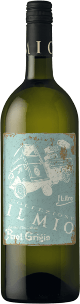 Der leichtfüßige Pinot Grigio Venezia von Collezione Il Mio kommt mit brillantem Kupfergold ins Glas. Dieser sortenreine italienische Wein präsentiert im Glas herrlich ausdrucksstarke Noten von Nashi-Birne, Birne, Guaven und Ananas. Hinzu gesellen sich Anklänge von mediterrane Kräuter, Liebstöckel und Garrigue. Leichtfüßig und facettenreich präsentiert sich dieser schmelzige Weißwein am Gaumen. Durch seine lebendige Fruchtsäure präsentiert sich der Pinot Grigio Venezia am Gaumen außergewöhnlich frisch und lebendig. Das Finale dieses reifungsfähigen Weißweins aus der Weinbauregion Venetien überzeugt schließlich mit gutem Nachhall. Vinifikation des Collezione Il Mio Pinot Grigio Venezia Dieser Weißwein legt den Augenmerk klar auf eine Rebsorte, und zwar auf Grauburgunder. Für diesen außergewöhnlich eleganten sortenreinen Wein von Collezione Il Mio wurde nur erstklassiges Traubenmaterial verwendet. Nach der Weinlese gelangen die Trauben zügig ins Presshaus. Hier werden Sie selektiert und behutsam aufgebrochen. Es folgt die Gärung im Edelstahltank bei kontrollierten Temperaturen. Der Vergärung schließt sich eine Reifung für einige Monate auf der Feinhefe an, bevor der Wein schließlich abgezogen wird. Speiseempfehlung zum Collezione Il Mio Pinot Grigio Venezia Dieser Italiener sollte am besten gut gekühlt bei 8 - 10°C genossen werden. Er passt perfekt als begleitenden Wein zu Wok-Gemüse mit Fisch, Omelett mit Lachs und Fenchel oder Spaghetti mit Joghurt-Minz-Pesto.