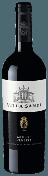 Der Merlot Venezia von Villa Sandi aus Venetien offenbart im Glas eine brillante, purpurrote Farbe. Das Bouquet dieses Rotweins aus Venetien begeistert mit Aromen von Maulbeere, Heidelbeere, Brombeere und schwarze Johannisbeere. Spüren wir der Aromatik weiter nach, kommen Zimt, grüne Paprika und Liebstöckel hinzu. Dieser trockene Rotwein von Villa Sandi ist für Menschen, die am besten 0,0 Gramm Zucker im Wein hätten. Der Merlot Venezia kommt dem bereits sehr nahe, wurde er doch mit gerade einmal 1,9 Gramm Restzucker vinifiziert. Am Gaumen präsentiert sich die Textur dieses leichtfüßigen Rotweins wunderbar samtig. Durch die ausgeglichene Fruchtsäure schmeichelt der Merlot Venezia am Gaumen, ohne es dabei an saftiger Lebendigkeit missen zu lassen. Im Abgang begeistert dieser Rotwein aus der Weinbauregion Venetien schließlich mit beachtlicher Länge. Erneut zeigen sich wieder Anklänge an Heidelbeere und Maulbeere. Vinifikation des Merlot Venezia von Villa Sandi Der elegante Merlot Venezia aus Italien ist ein reinsortiger Wein, hergestellt aus der Rebsorte Merlot. Nach der Handlese gelangen die Weintrauben umgehend in die Kellerei. Hier werden Sie selektiert und behutsam aufgebrochen. Anschließend erfolgt die Gärung im Edelstahltank bei kontrollierten Temperaturen. Der Gärung schließt sich eine Reifung für einige Monate auf der Feinhefe an, bevor der Wein schließlich auf Flaschen gezogen wird. Speiseempfehlung für den Merlot Venezia von Villa Sandi Dieser Rotwein aus Italien sollte am besten temperiert bei 15 - 18°C genossen werden. Er passt perfekt als Begleiter zu Boeuf Bourguignon, fruchtiger Endiviensalat oder Lammragout mit Kichererbsen und getrockneten Feigen.